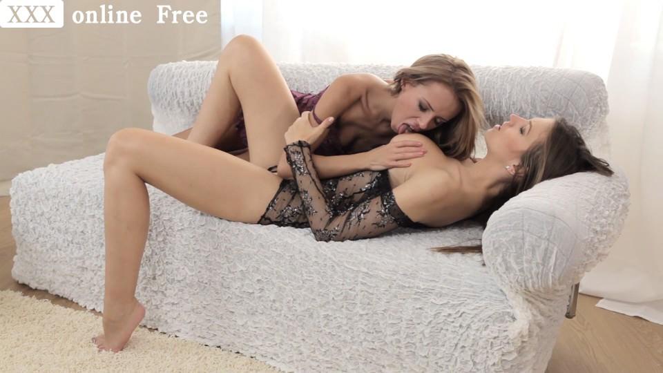 Lesbea Masturbation